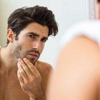 Как се поддържат мъжете? Топ 3 на естетичните процедури за мъже