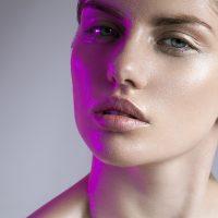 Преминете на червено! LED терапията и анти-ейдж ползите